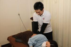 梅田駅徒歩圏内中津だるま整骨院の産後骨盤矯正マッサージ整体