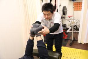 梅田駅徒歩圏内中津だるま整骨院の整体・骨盤矯正の検査